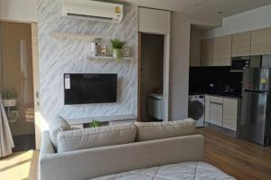For RentCondoSukhumvit, Asoke, Thonglor : Condo for rent, Park 24, Phase 1, beautiful room, good-looking, stylish, close to BTS department store, convenient transportation.