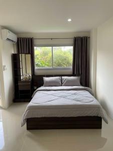 For RentCondoRamkhamhaeng,Min Buri, Romklao : Condo for rent Assakan City, Phase B4, next to Ramkhamhaeng Road, studio room, ready to move in, cheap price