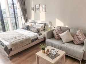 For RentCondoSukhumvit, Asoke, Thonglor : For Rent Park Origin PhromPhong Beautifully decorated / fully furnished.
