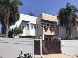 For RentHousePattanakan, Srinakarin : Single house for rent, 2 floors, good condition, Soi Phatthanakan