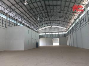 เช่าโกดังรังสิต ธรรมศาสตร์ ปทุม : ให้เช่าโรงงาน-โกดังพื้นที่ใช้สอย 1,700 ตารางเมตร(พื้นที่สีม่วง) หม้อแปลงไฟฟ้าพร้อมใบอนุญาต ร.ง 4 ถนน ลำลูกกา ปทุมธานี ราคาเช่า 180,000 บ/ด