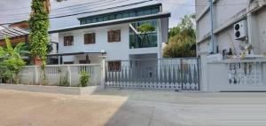 For RentHouseLadprao 48, Chokchai 4, Ladprao 71 : NA-H4176 2 storey detached house for rent, renovated, new !! Suitable for home office, size 70 sq.w., in Chokchai 4 area