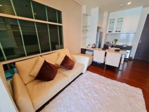 For RentCondoSukhumvit, Asoke, Thonglor : Condo for rent : Ivy Thonglor  Type : 1 Bedroom 1 Barhroom Size : 43 Sq.m Floor : 14 Rent price : 27,000 Bath/Month