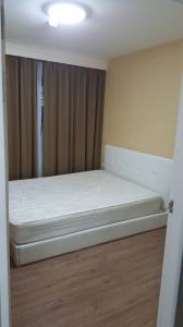 For RentCondoBang kae, Phetkasem : Rent ICondo, Petchkasem 39, Bang Khae, Room Building A, Floor 7, Pool View, Room 27 sq m.