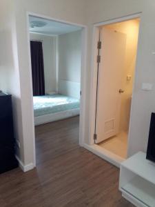 For RentCondoBang kae, Phetkasem : Rent ICondo, Petchkasem 39, Bang Khae, Room Building A, Floor 8, Outside view, 24 sqm.