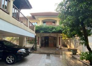 เช่าบ้านสุขุมวิท อโศก ทองหล่อ : ให้เช่าบ้านเดี่ยว 2 ชั้น ซอยเอกมัย 10 หลังใหญ่ สวย ทำเลดี / Single House at Ekamai 10 For Rent , อยู่อาศัย หรือ เป็นสำนักงานจดทะเบียนบริษัทได้