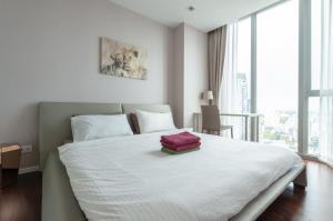 For RentCondoNana, North Nana,Sukhumvit13, Soi Nana : 🔥 For rent near BTS Nana, Hyde Sukhumvit 11 condo, fully furnished, ready to move in, luxury central, beautiful room, convenient transportation