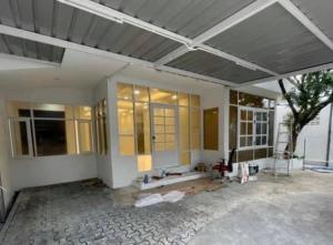 For RentHome OfficeRatchadapisek, Huaikwang, Suttisan : Rent a single house, 1 floor, MRT Suthisan 🚉🚅 (area 120 sq m, home office, Home office)