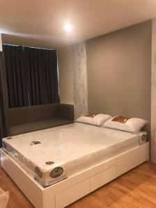 For RentCondoPattanakan, Srinakarin : Condo for rent Lumpini Ville Phatthanakan - Srinakarin, 30th floor, city view 27 sq m ฿ 8,500