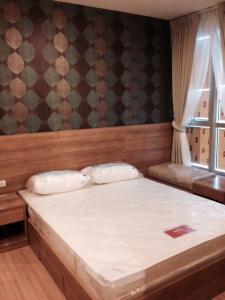เช่าคอนโดอ่อนนุช อุดมสุข : ให้เช่า Condo Rhythm Sukhumvit 50 – ชั้น 28 วิวสวย ห้องสวย 1 ห้องนอน 35 ตรม. ราคา 22,000 บาท/เดือน ติดต่อ วี (เจ้าของ)  โทร 081-6111954