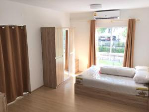 For RentCondoPinklao, Charansanitwong : Rental Unio Charan 3 💎 furniture + appliances, ready to move in.