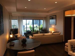 For RentCondoSathorn, Narathiwat : Sathorn Gardens Condo 2 bedrooms, 2 bathrooms, size 95 sqm. 7th floor, beautiful garden view.