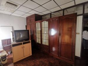ขายทาวน์เฮ้าส์/ทาวน์โฮมลาดพร้าว เซ็นทรัลลาดพร้าว : ขายบ้าน ทาวน์เฮาส์ 2 ชั้น ลาดพร้าว 35 เนื้อที่ 26 ตรว. ใกล้ MRT ลาดพร้าวและเซ็นทรัลลาดพร้าว