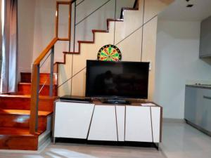 For RentCondoOnnut, Udomsuk : Condo for rent Ideo Mobi Sukhumvit * DUPLEX * Building A near BTS On Nut
