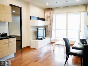 For RentCondoWitthayu, Chidlom, Langsuan, Ploenchit : For rent, The Address Chidlom, large room, high floor, beautiful garden view @BTS Chidlom [MC185]