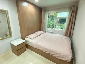 For RentCondoWongwianyai, Charoennakor : ให้เช่า คอนโด 2 ห้องนอน THE PLENARY สาทร ติดสระว่ายน้ำ ใกล้บีทีเอสกรุงธนบุรี