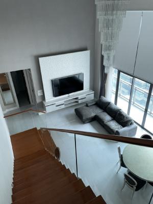 เช่าคอนโดสุขุมวิท อโศก ทองหล่อ : Bright Sukhumvit 24 3bed 3bath Duplex for rent. Am: 0656199198