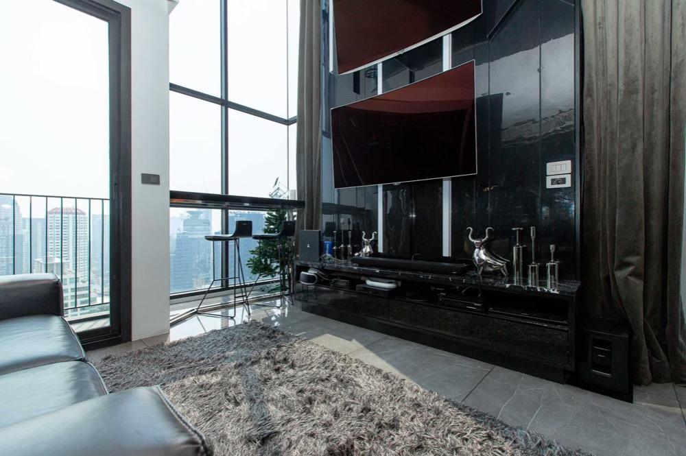 ขายคอนโดสุขุมวิท อโศก ทองหล่อ : 🔲 Owner Post : Duplex Modern Luxury แต่งห้องจัดเต็ม ขายราคาต่ำกว่าค่าตกแต่ง 🔳