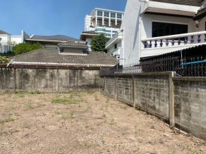 For SaleLandAri,Anusaowaree : 🔥 Sale of vacant land 98 square meters, Soi Ari Samphan 11, Soi Aree Garden, opposite the Ministry of Finance.