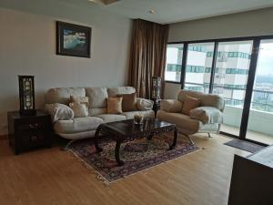 For SaleCondoSathorn, Narathiwat : 3 bedrooms condo for sale with tenant at Sathorn Garden