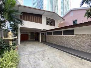 For RentHome OfficeSukhumvit, Asoke, Thonglor : House for rent at Sukhumvit 16 @BTS Asoke 800 m. (Area 606 sq m. Home office home office)