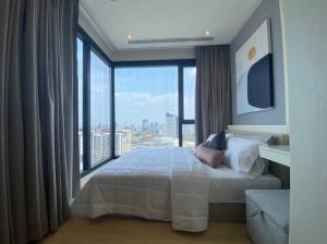 For RentCondoRama9, RCA, Petchaburi : Room for rent