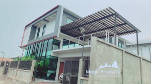 For SaleHouseLadkrabang, Suwannaphum Airport : 3 bedrooms house for sale in Soi Samakkhi Brothers, Khlong Song Ton Nun, Khlong Song Ton Nun Subdistrict, Lat Krabang District, Bangkok.