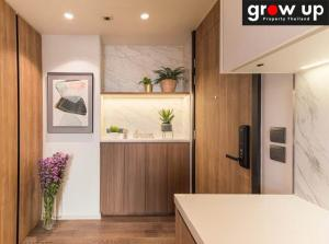 For RentCondoSukhumvit, Asoke, Thonglor : GPR10810: Rent MUNIQ Sukhumvit 23 (MUNIQ Sukhumvit 23) 70,000 bath Hot Price, fully furnished. Ready to move in