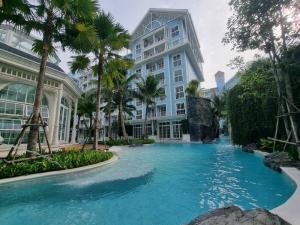 For SaleCondoPattaya, Bangsaen, Chonburi : Condo for sale, Pool villa, Grand Florida Beachfront, Pattaya