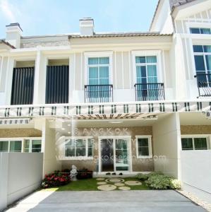 เช่าทาวน์เฮ้าส์/ทาวน์โฮมบางนา แบริ่ง : House for rent in Indy4 near Mega Bangna