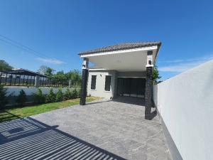 For SaleHouseHua Hin, Prachuap Khiri Khan, Pran Buri : New house for sale 50 sqw. 3 bedrooms 2 bathrooms 1.85 million free transfer in Hua Hin