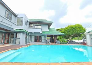 For RentHouseLadprao 48, Chokchai 4, Ladprao 71 : Pool Villa House for rent, resort style house with swimming pool in the heart of Bangkok, Chokchai 4, Ladprao