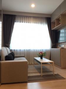 For RentCondoRama9, RCA, Petchaburi : Condo for rent Rhythm Asoke 2, large room, modern style, near MRT and Central Rama 9.