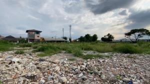 For SaleLandLadkrabang, Suwannaphum Airport : Land for sale by the water 3-0-33 rai, very beautiful plot.