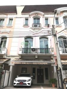 For RentTownhouseRathburana, Suksawat : Townhouse for rent House in the middle of the city Grand de Paris 3 bedrooms, 4 bathrooms, usable area 195 sq m, 2 car parking spaces, fully furnished. And air conditioners in every room