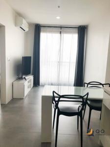 For RentCondoSukhumvit, Asoke, Thonglor : For Rent Rhythm Sukhumvit 42  1Bed , size 35 sq.m., Beautiful room, fully furnished.