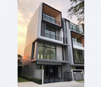 For SaleTownhouseRama9, RCA, Petchaburi : 3.5-storey townhome Nirvana Define Rama 9, behind the corner, near the orange train, Ramkhamhaeng 12, area 22 sq.wa., width 6.5 meters.