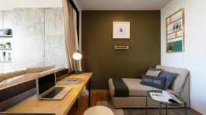 เช่าคอนโดสาทร นราธิวาส : ปรับลดราคา! ONE BED ตกแต่งครบ open space แบบ MODERN LOFT STYLE เพียง 17,500 B. !