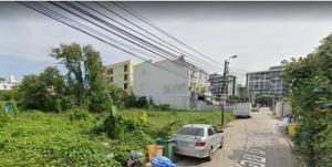 For SaleLandLadprao 48, Chokchai 4, Ladprao 71 : D37ขายที่ดิน ซอยนาคนิวาศ49  เนื้อที่ 208ตารางวา หน้าซอย มีป้ายรถเมล์  พร้อม 7-11