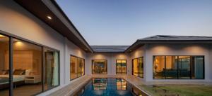 For SaleHousePattaya, Bangsaen, Chonburi : Pool villa 3 bed room big land for sale in pattaya
