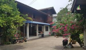 For SaleLandBang Sue, Wong Sawang : Land + commercial building for sale on Wong Sawang Road, Bang Sue Subdistrict, Bang Sue District, Bangkok