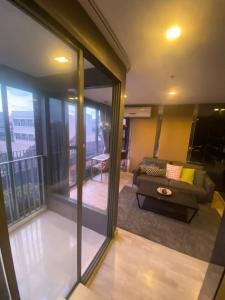For SaleCondoOnnut, Udomsuk : Ideo Mobi Sukhumvit 81 - Duplex 2BR Available for Sale, near BTS On Nut