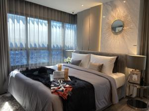 For SaleCondoSiam Paragon ,Chulalongkorn,Samyan : Ideo chula samyan, new condo in the heart of Chula Samyan city, two bedroom size suitable for family, 63 square meters.