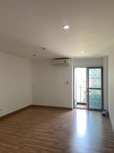"For SaleCondoOnnut, Udomsuk : Condo near the BTS Super value ""Condo Regent Home 9 Sukhumvit 64 (Regent Home 9 Sukhumvit 64) room size 30 sq m."