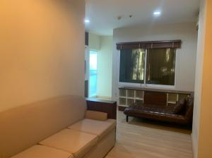 For RentCondoSathorn, Narathiwat : 1 bedroom close to two stations BTS station St. Louis and Chong Nonsi condo Life @ Sathorn10