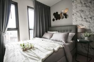 For RentCondoRatchathewi,Phayathai : ให้เช่า Lumpini Suite ดินแดง – ราชปรารภ 1นอน ห้องเป็นสัดส่วน ตู้เย็น เครื่องซักผ้า ไมโครเวฟ ไฟฟ้า-เฟอร์ครบครัน