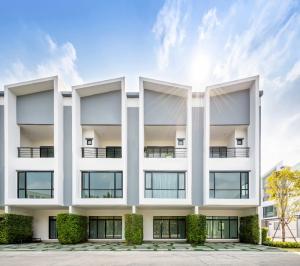 For SaleTownhouseOnnut, Udomsuk : Cordiz @ Udomsuk: 3-storey townhome built with red brick, 5 minutes to Udom Suk BTS, Tel.