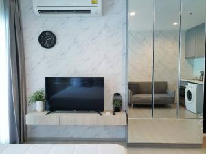 For SaleCondoSukhumvit, Asoke, Thonglor : 🔥HOT DEAL🔥 Rhythm sukhumvit36-38, studio room, size 24 sqm., High floor, very good price, only 3.98MB.