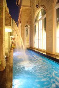 เช่าบ้านนานา : H388-ให้เช่า บ้านหรู พร้อมสระว่ายน้ำ ตกแต่งพร้อมเข้าอยู่! ใจกลางเมือง ใกล้ BTS NANA เพียง 900เมตร !!