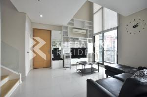 เช่าคอนโดพระราม 9 เพชรบุรีตัดใหม่ : ห้อง Duplex ลดราคาพิเศษ! ชั้นสูง เช่าคอนโดทำเลดี ใกล้ MRT เพรชบุรี Villa Asoke @33,000 Baht/Month